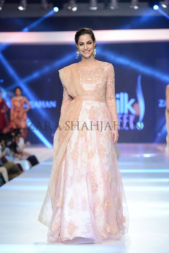 Peach Gown With Floral Silk Lehnga By Zara Shahjahan A List Of Best Dress Designers In Islamabad Karachi Lah Latest Bridal Dresses Peach Gown Bridal Dresses