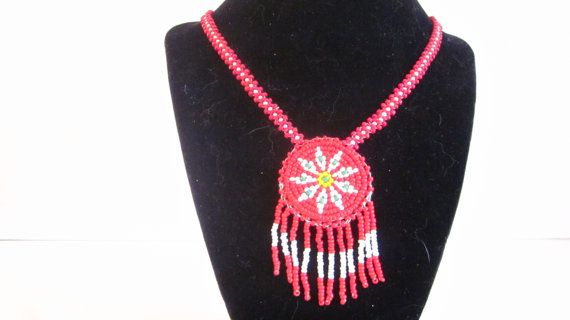 Vintage Native American Indian beaded necklace by ThatRetroGirl