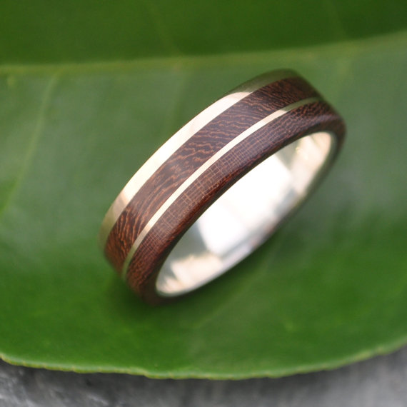 Gold and Silver Un Lado Asi Wood Ring ecofriendly 14k recycled