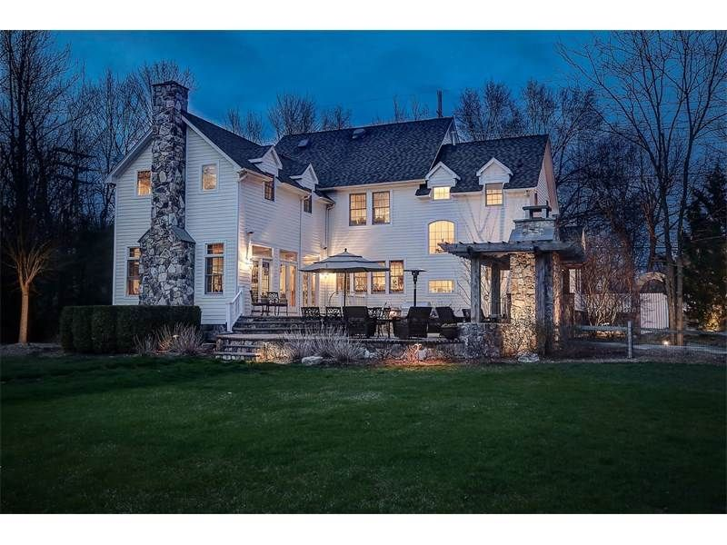 View this luxury home located at 16 Troy Road Whippany, New Jersey, United States. Sotheby's International Realty gives you detailed information on real estate listings in Whippany, New Jersey, United States.