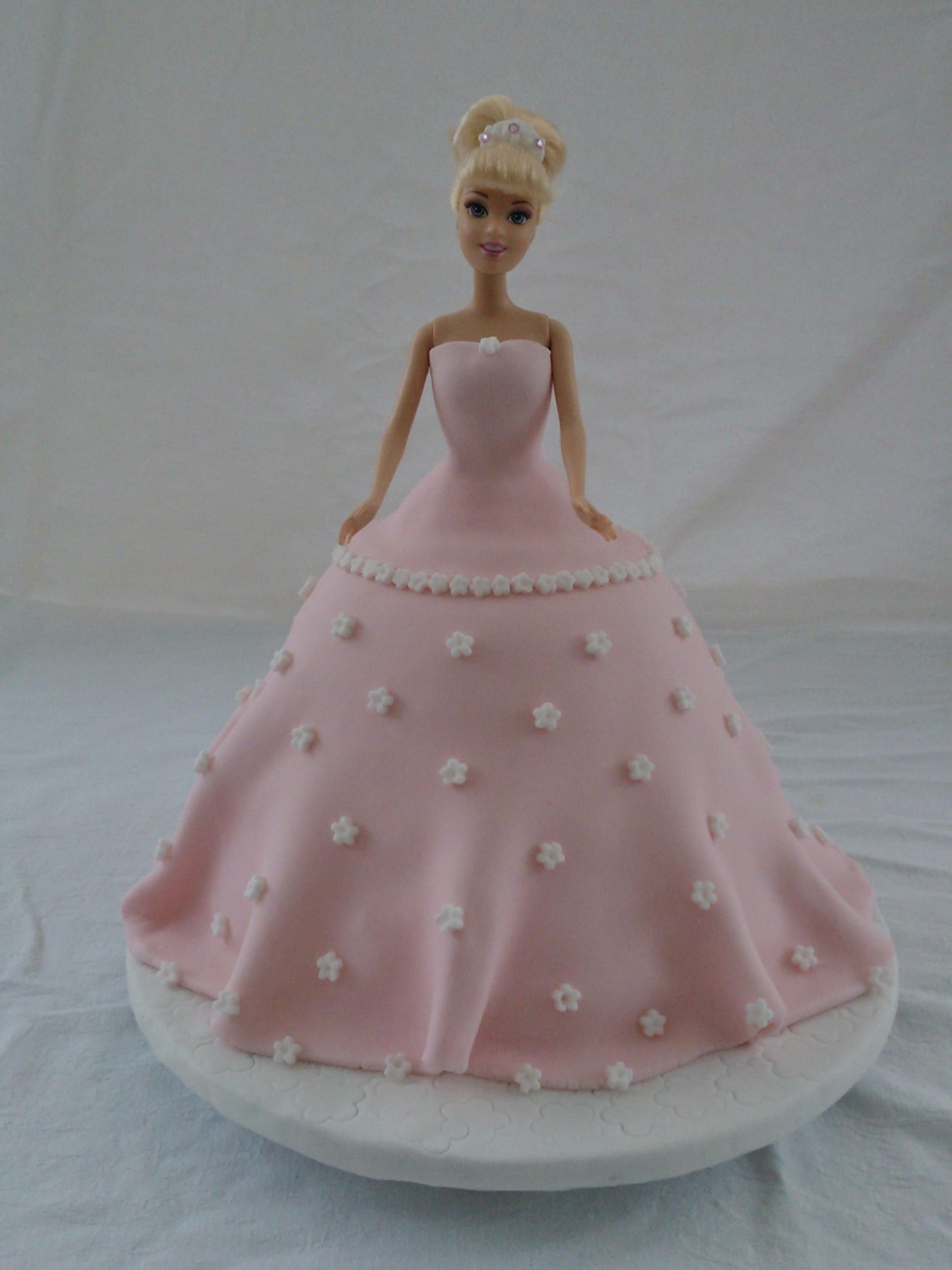 Barbie Cake from Flowers and Cakes Parbold, Love it!