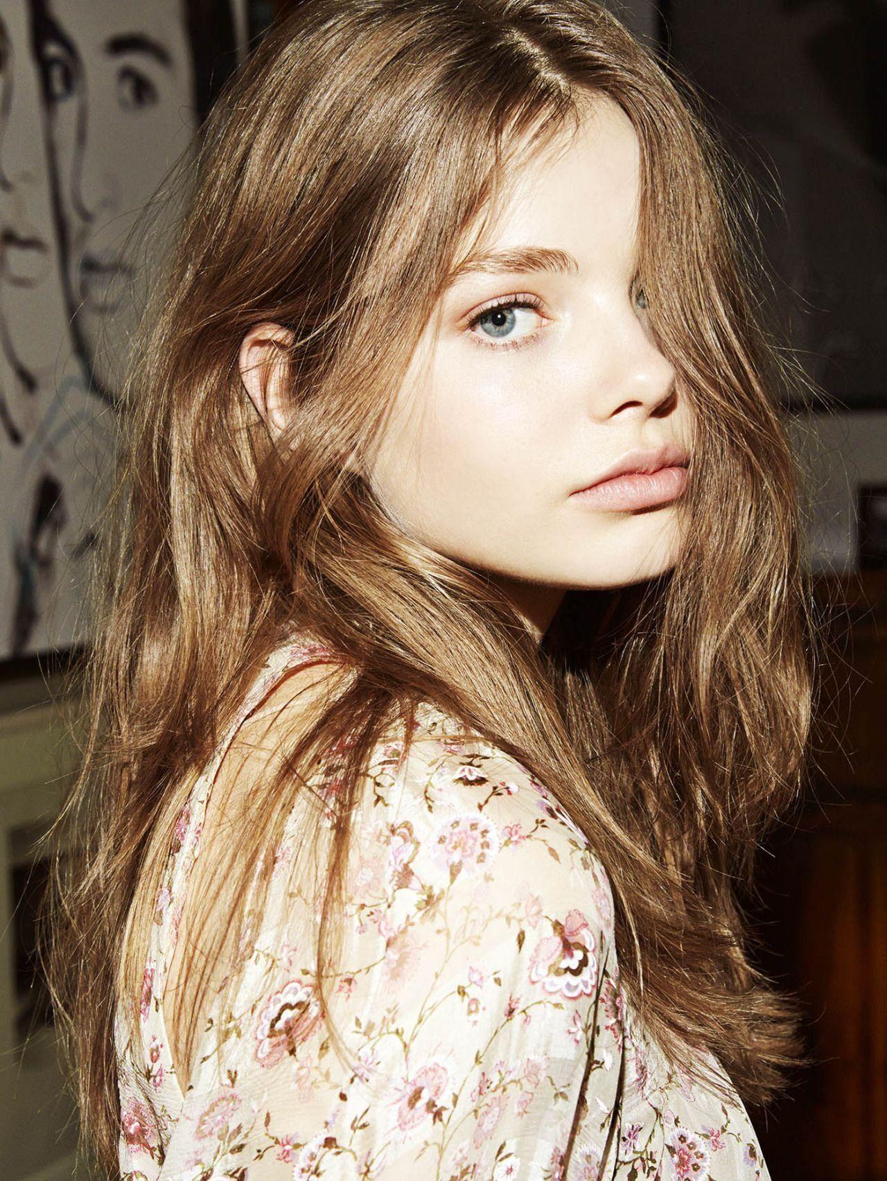 Kristine Froseth #prettygirls | Rosto feminino, Cabelo, Garotas