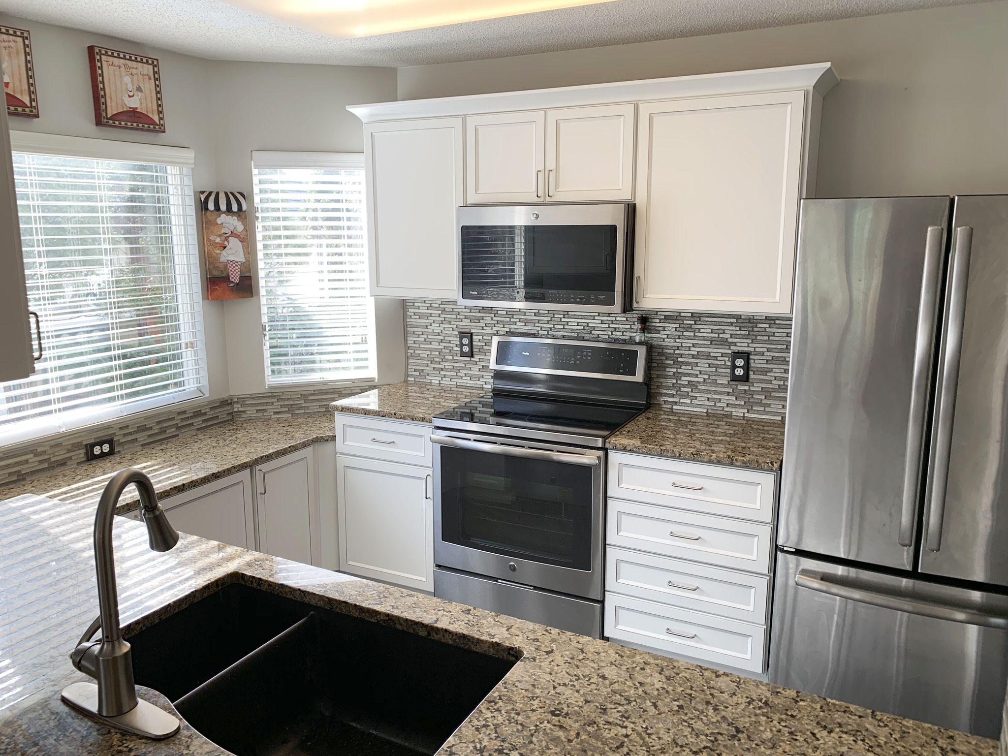 Kitchen Tune Up Grand Rapids Mi Refacing In 2020 Cabinet Refacing Reface Kitchen Prices