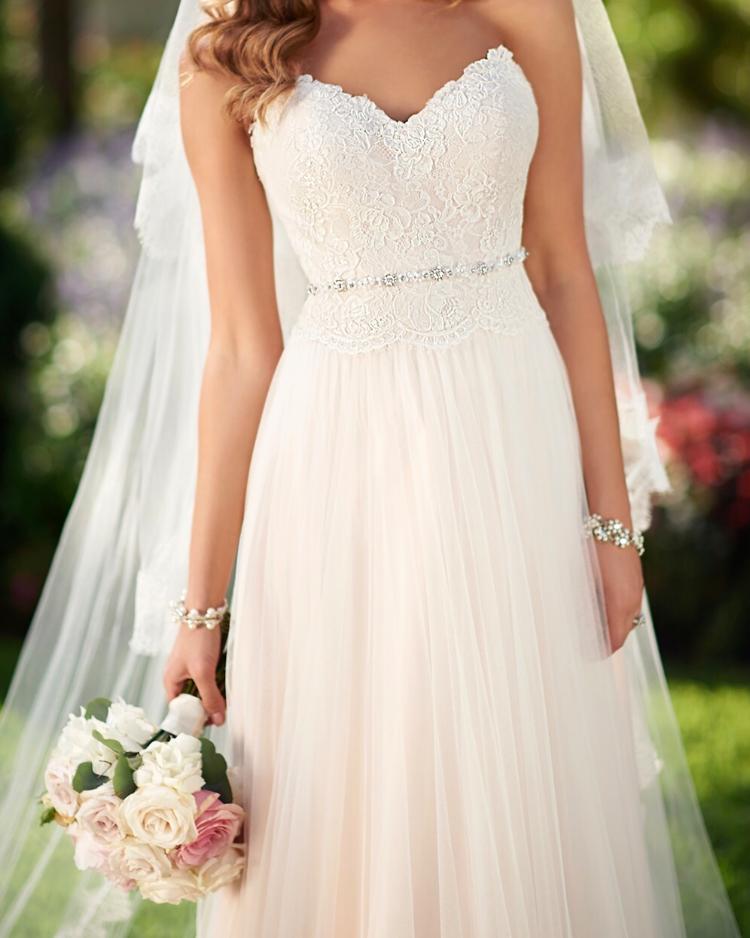 Pin Von Astrid Kokash Auf Hochzeitskleid Stella York