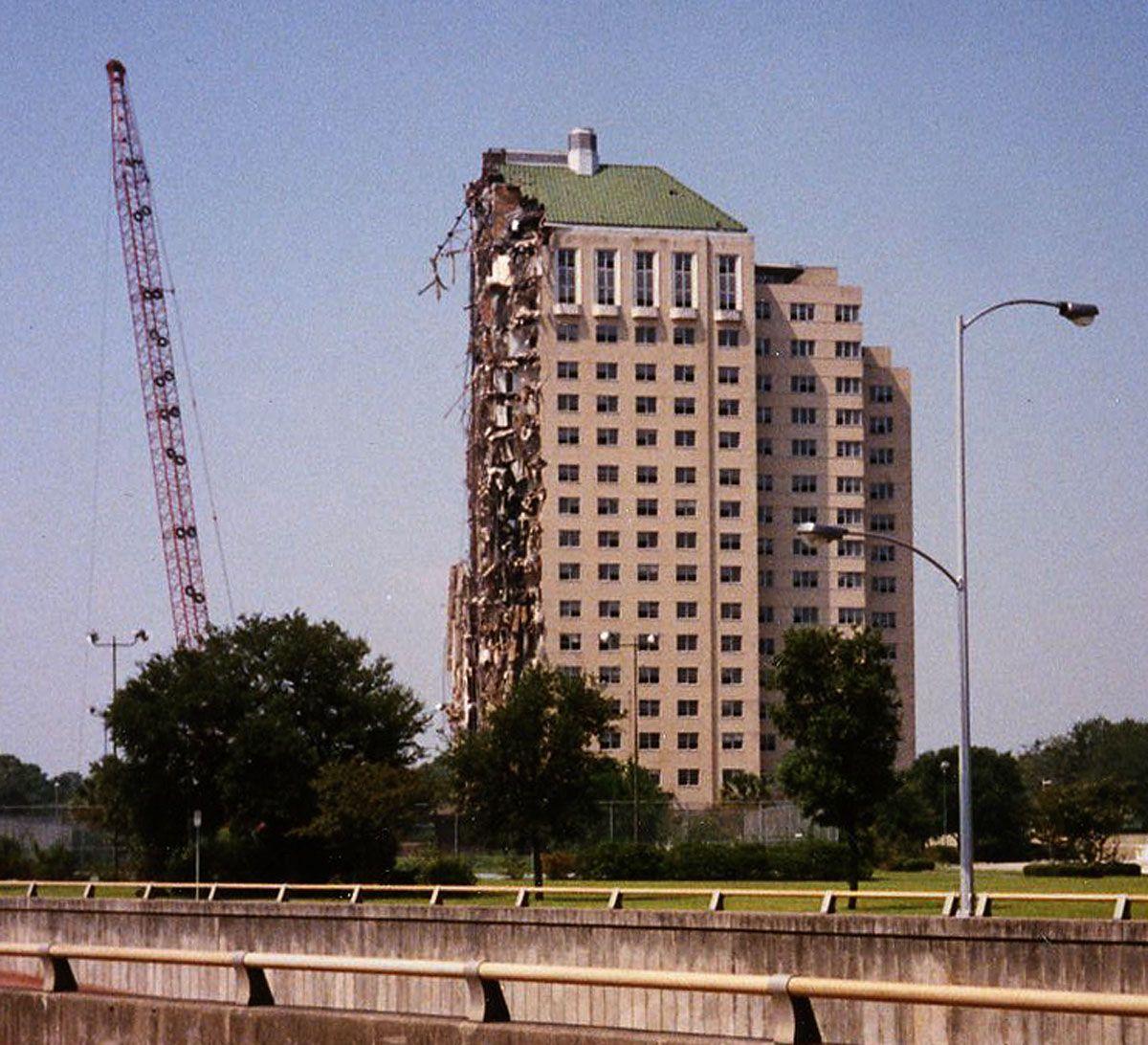 Uncategorized Shamrock History the demolition of shamrock hotel houston texas 1987 places 1987