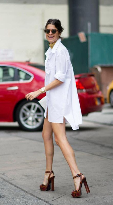 How to wear a long white shirt with leggings