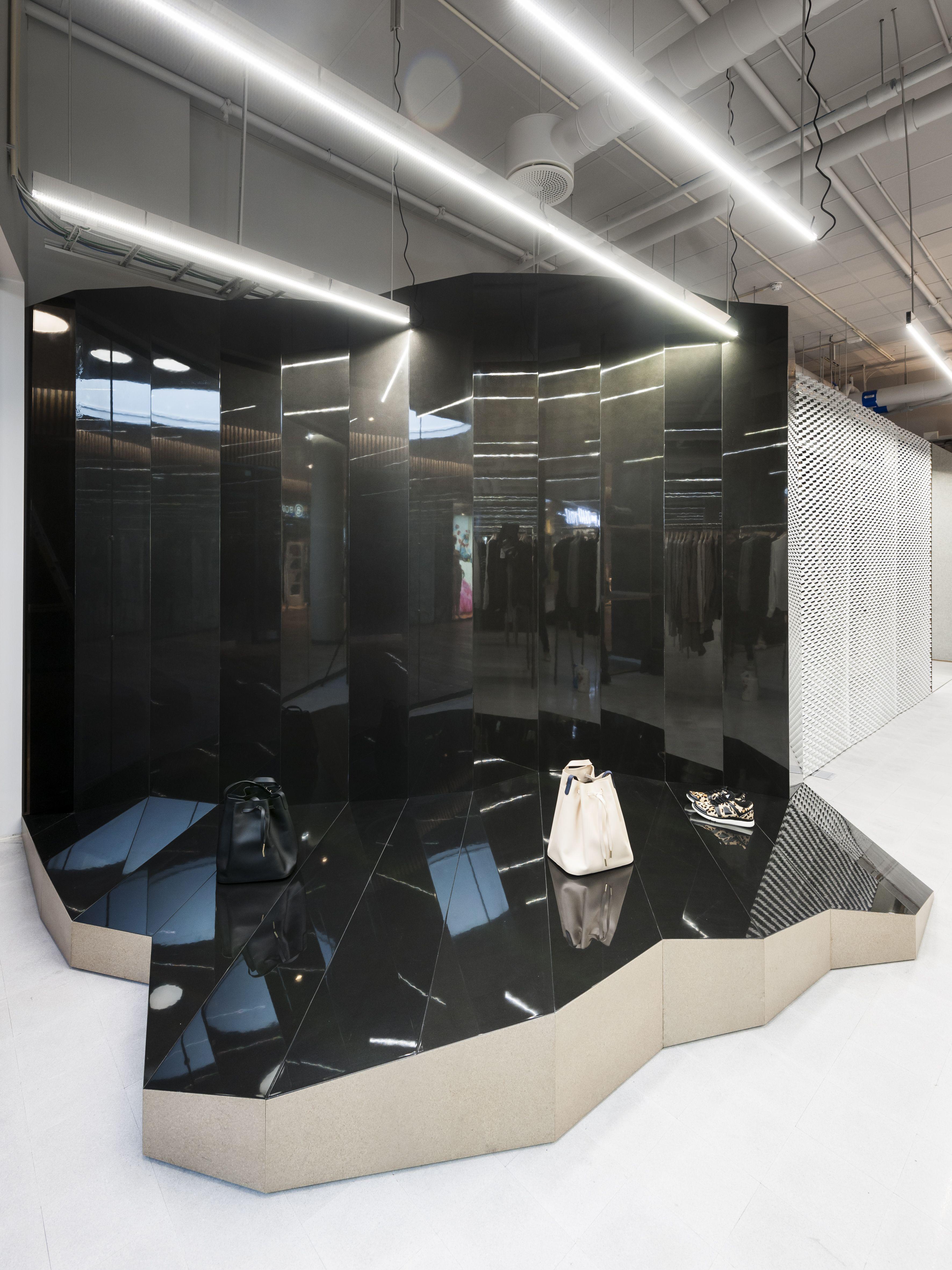 Holzweiler Store / Designers: Gonzalez Haase AAS / Photographer ...