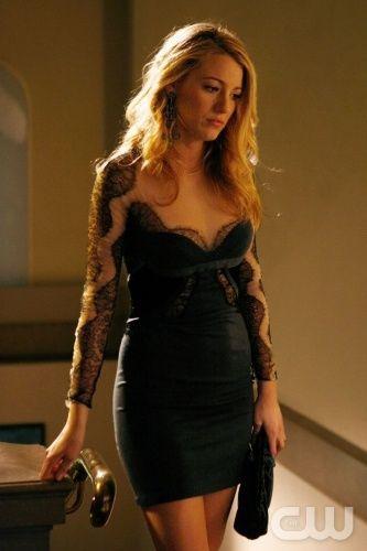 Blake Lively in Gossip Girl - Stella McCartney black lace dress