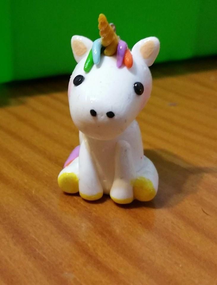 Pequeño unicornio en arcilla polimérica ♥