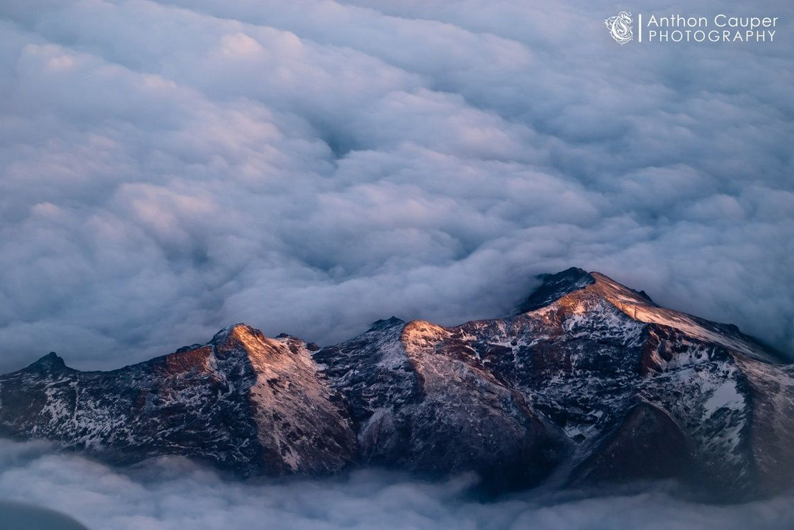 "Peruvian Mountains par Anthon Cauper, prise le 23 Mars 2012 à Santa Barbara de Carhuacayan, Peru. 12,9x8,6""   SONY DSLR-A330 60mm/ƒ/4/1/100s/ISO 200"