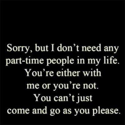 Um ehrlich zu sein reicht es mir mittlerweile an deiner - da sein, aber nicht ganz - Attitude. Und ich finde es schade, weil ich dich in mein Herz geschlossen habe - nur verstehe ich die Welt nicht, wenn du dich so benimmst. Rede mit mir 😞