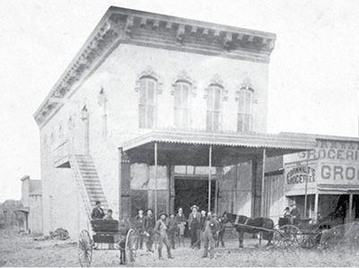 fnb very early photo   Granbury Texas Photos of Historic