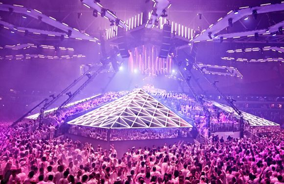 10 Of The Biggest Edm Festivals To Attend Before You Die Edm