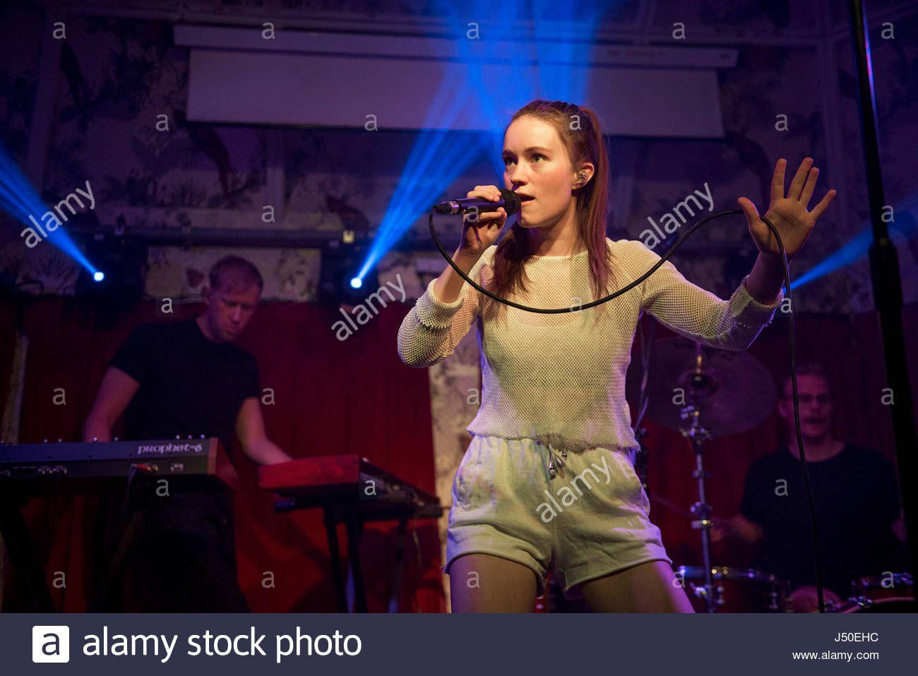 manchester-uk-15th-may-2017-norweigan-singer-songwriter-sigrid-solbakk-J50EHC.jpg