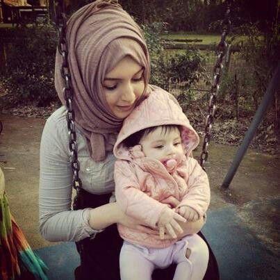 Muslim mother associates daughter