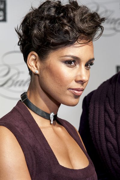 alicia keys short haircut 2012