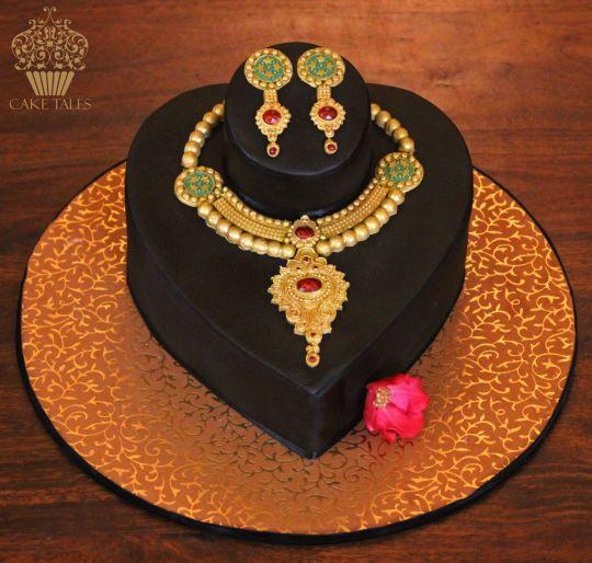 Indian Jewellery Cake Cakes For Her Cake Dress Cake Mehndi Cake