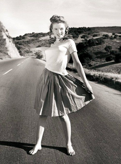 Norma Jeane Dougherty 1945