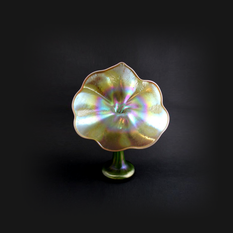 Tiffany Favrile Art Glass Jack In The Pulpit Bud Vase