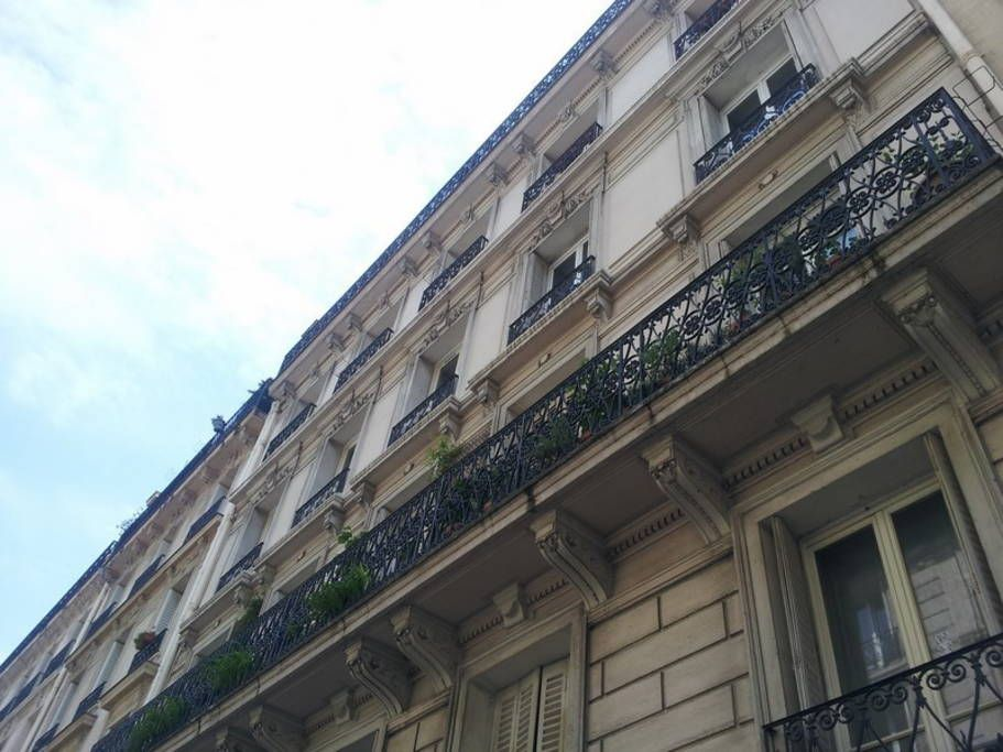 Apartment in Paris, France. Typical haussmanian flat (full renovation 2015) with wall/ceiling old moldings and Hungarian wood parquet. Quiet building. Strategic location center of Paris (close to Gare du Nord / Gare de l'Est : direct ligne from CDG airport and Stade de Franc...
