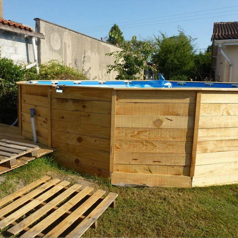 Comment embellir une piscine hors sol ou semi enterr e 20 for Comment embellir son jardin