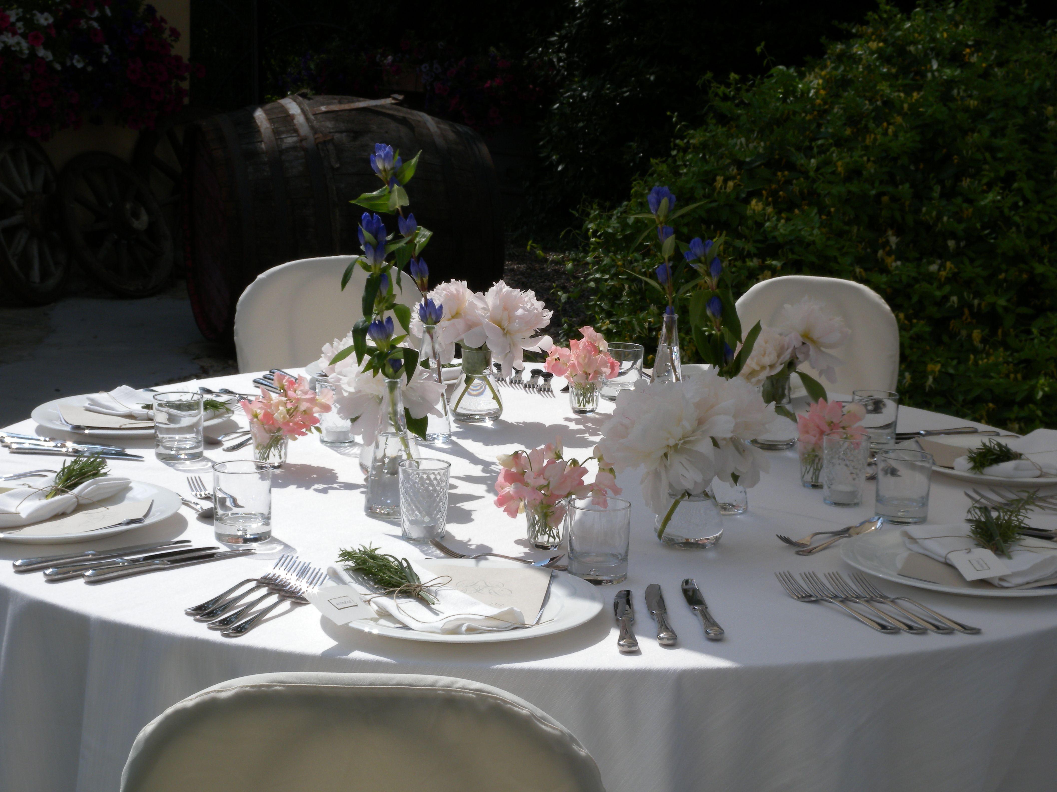 la villa hotel weddings, la villa hotel courtyard, italian summer