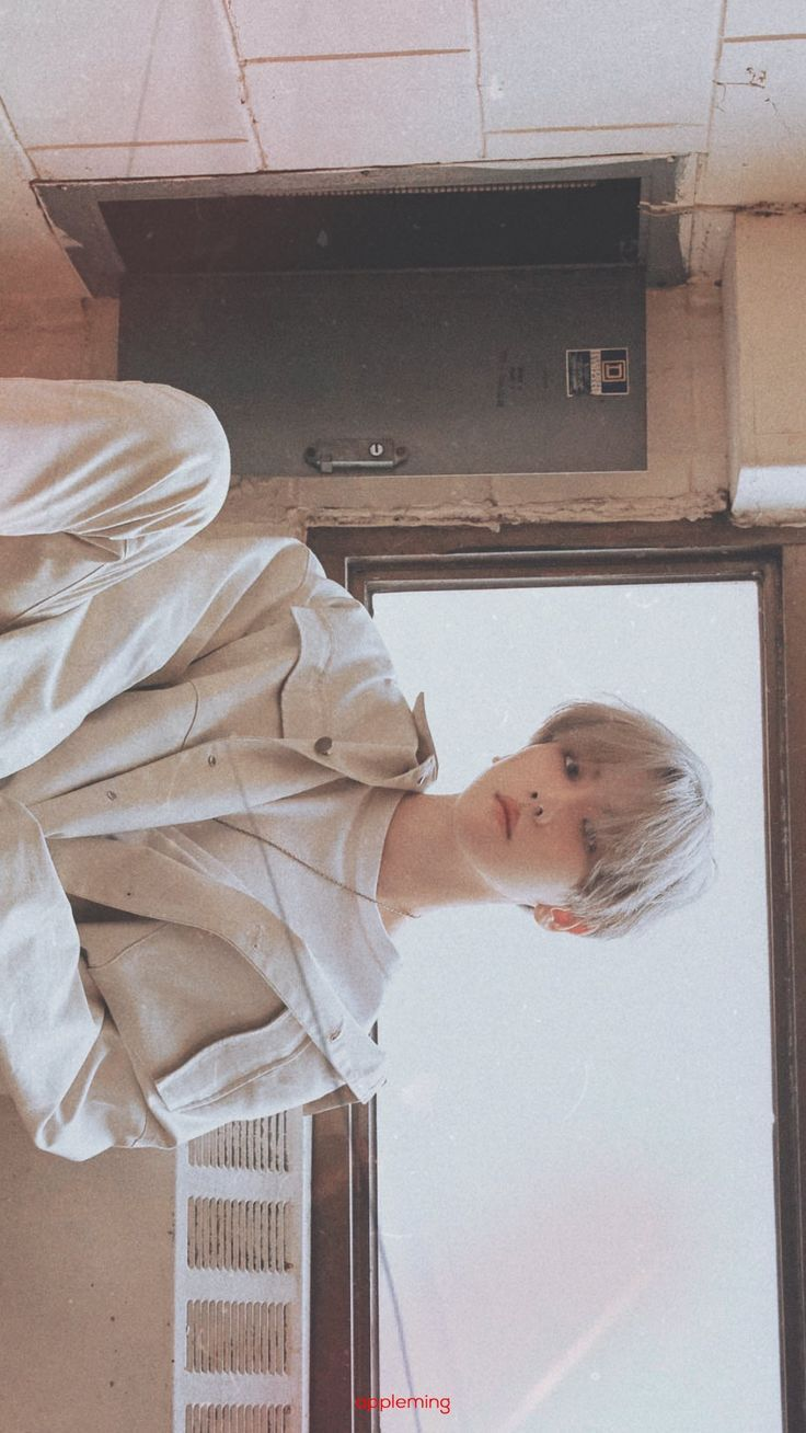 baekhyun wallpaper lockscreen city lights exo baekhyun exo
