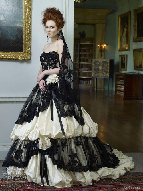 Black lace veil ... <3