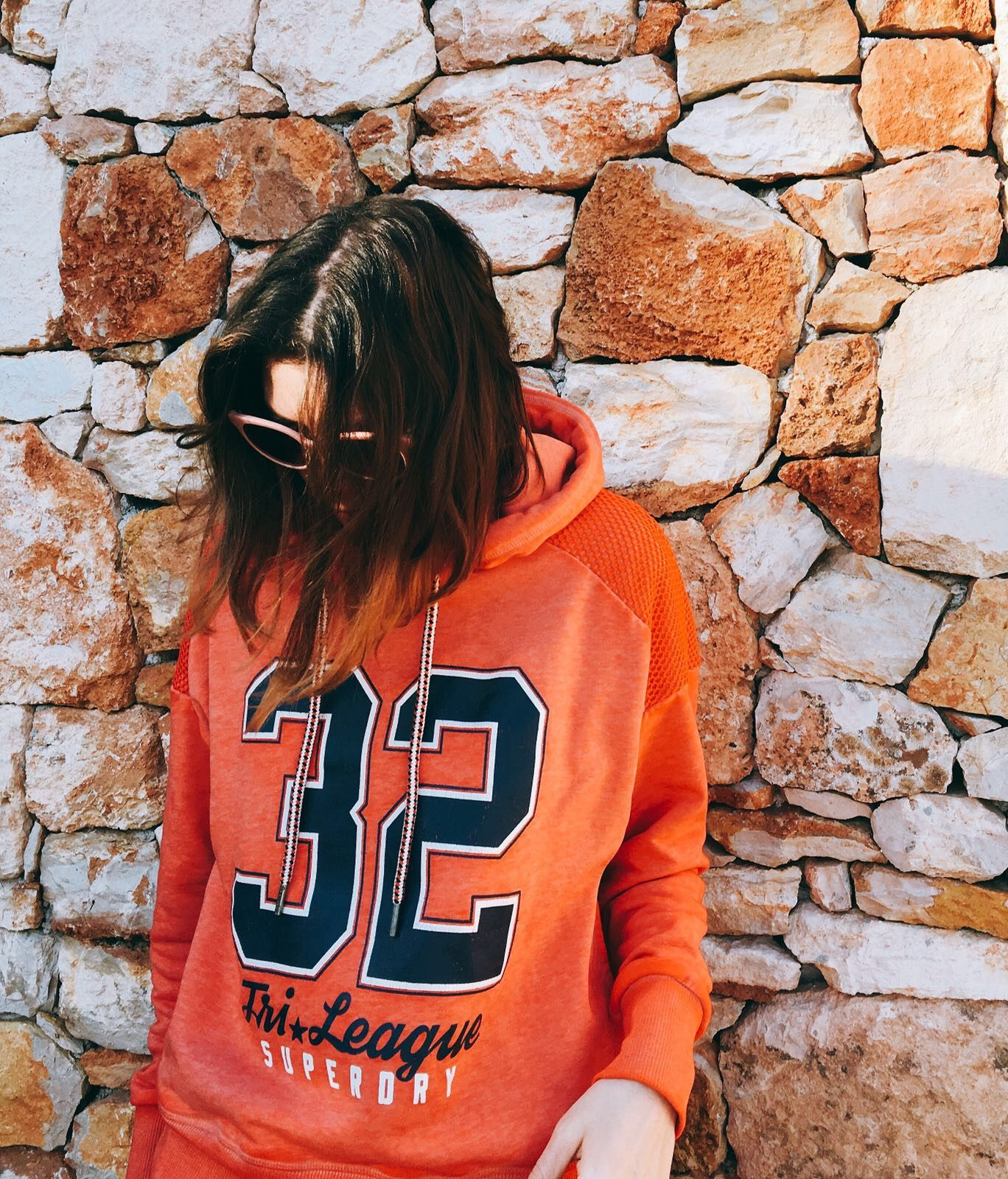 Athleisure style for the week-end by Morgane : sweat and sunglasses Superdry #teampotoroze sportswear, spring outfits ideas, weekend ootd