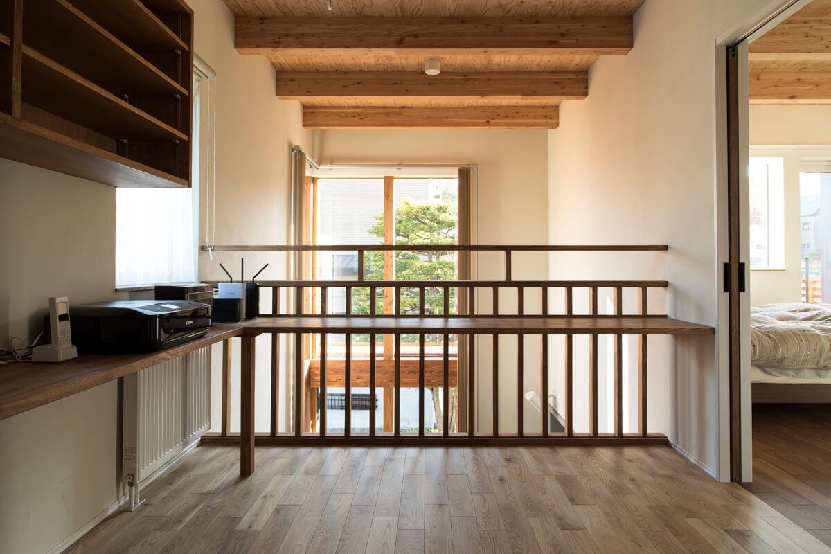 今どきの2階ホール活用術 書斎 ワークスペース 家 2階 家 づくり