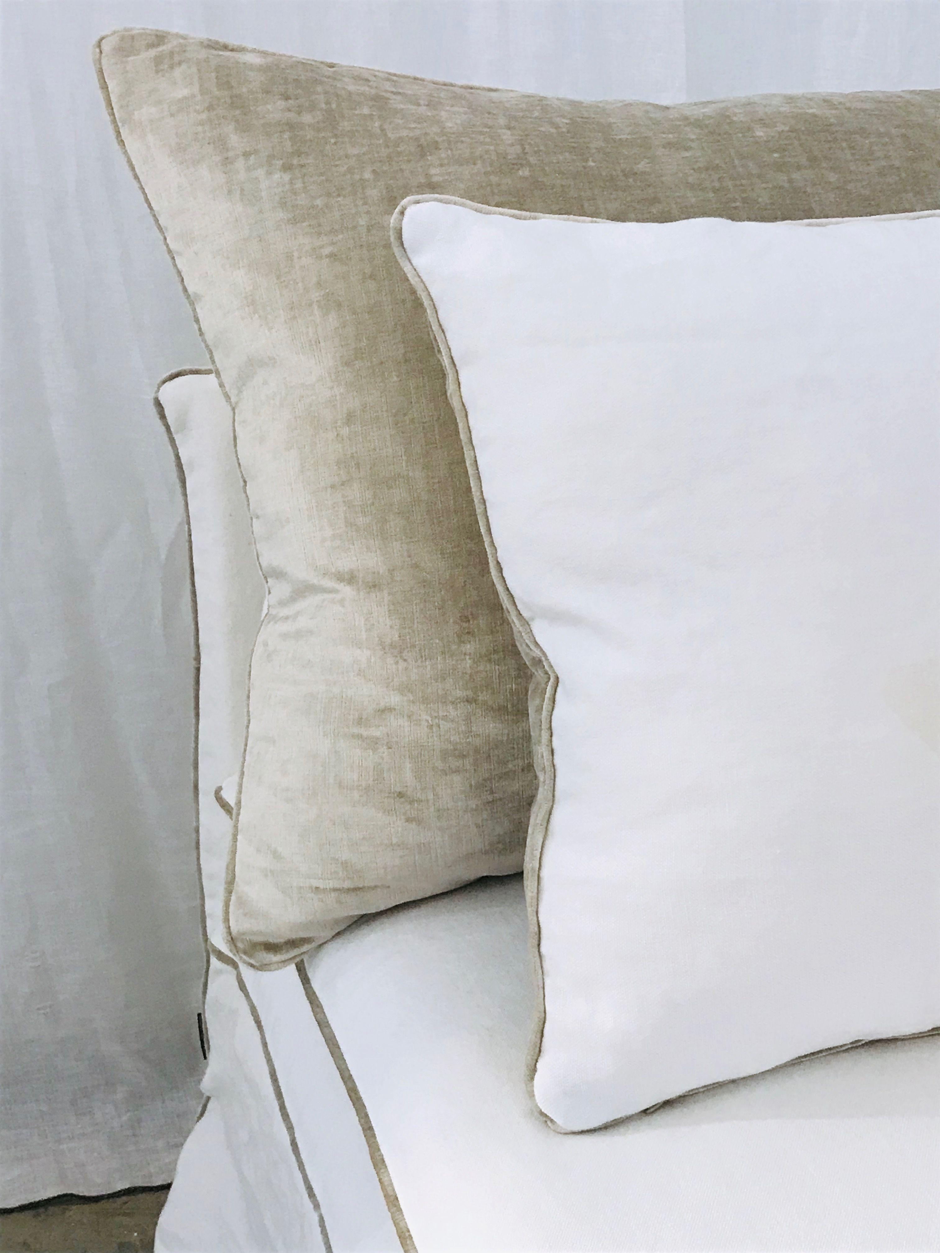 Finition Liseret Velours Tsar Beige Ciment Sur Un Lin Lave Blanc