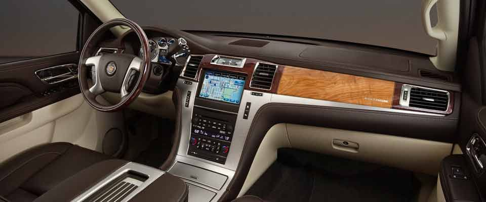 Cadillac Escalade Suv Had To Pin The Interior Of The Big