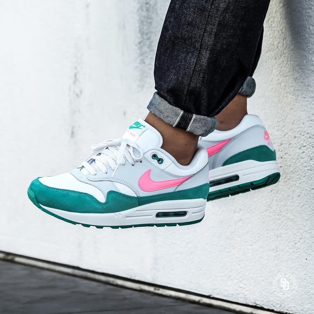 heet verkoop Men's Nike Air Max 1 Shoes WhiteBlack Volt Rush