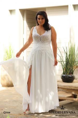 Plus size wedding gowns 2018 Chloe (3)   Hochzeitskleider für Kurven ...