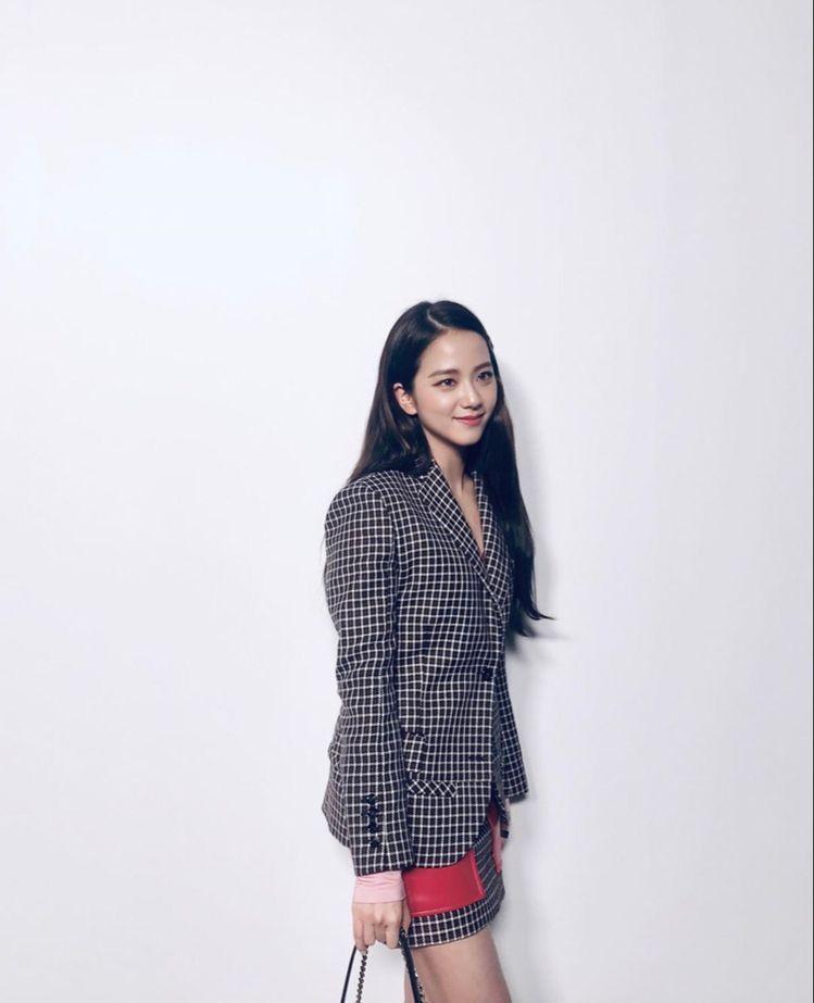 Pin van Lulamulala op Red Velvet Irene in 2020