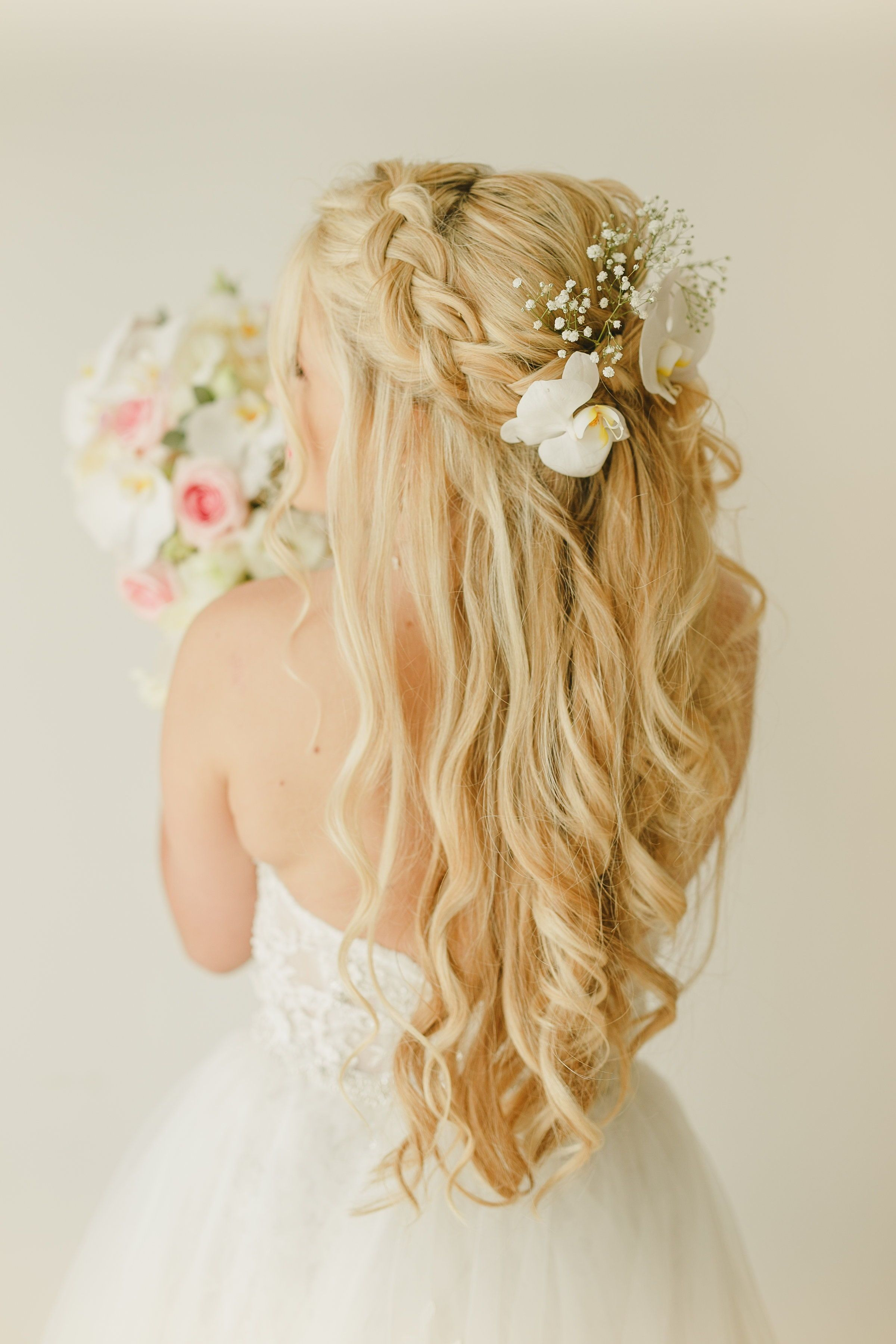 Wedding Hair Down Ideas For Long Hair Bridal Hair Down With Curls