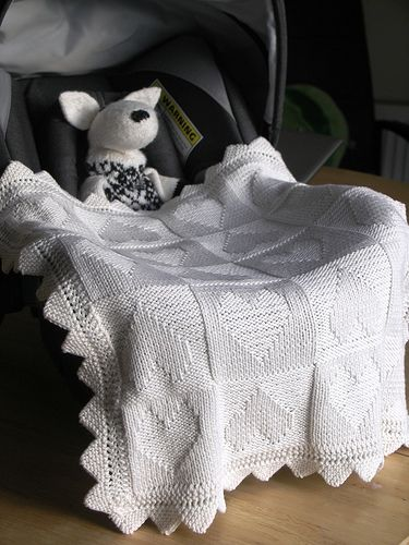 Simple knitted baby blanket. #babyblanket