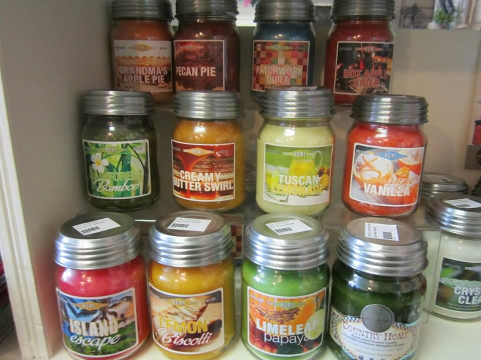 Delicious smelling candles for any occasion!