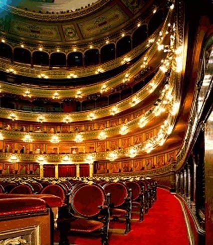 El Teatro Colón di Buenos Aires. teatro-colon-5jpg.jpg