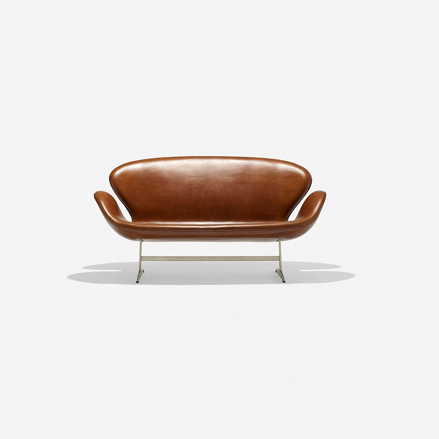 This arne jacobsen swan chair in cognac leather by fritz hansen is no - Arne Jacobsen Swan Settee Model 3321 Fritz Hansen Denmark 1958 Leather Cast Aluminum
