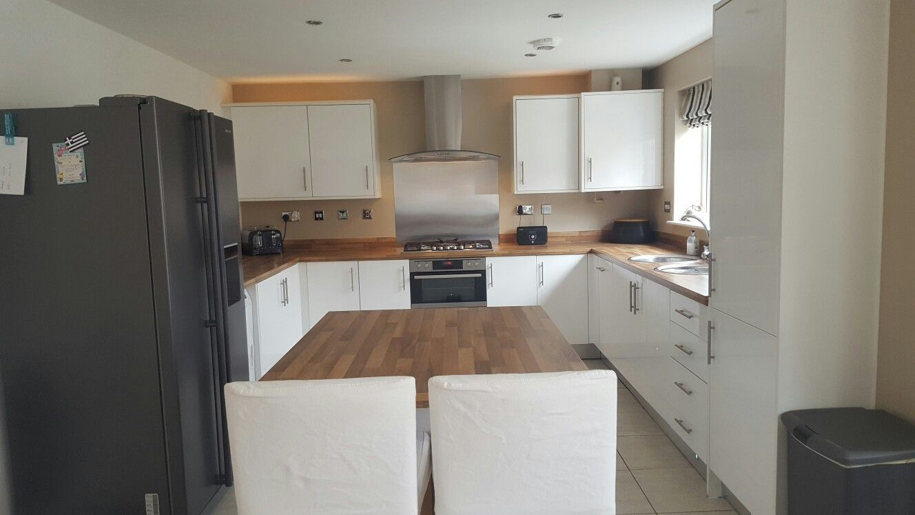 White Gloss Kitchen Symphony White Gloss Kitchen With Laminate Oak Block Worktops