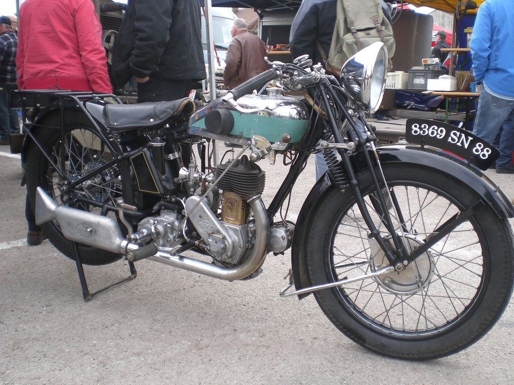 Magnat Debon 350cc SV   Flickr - Photo Sharing!