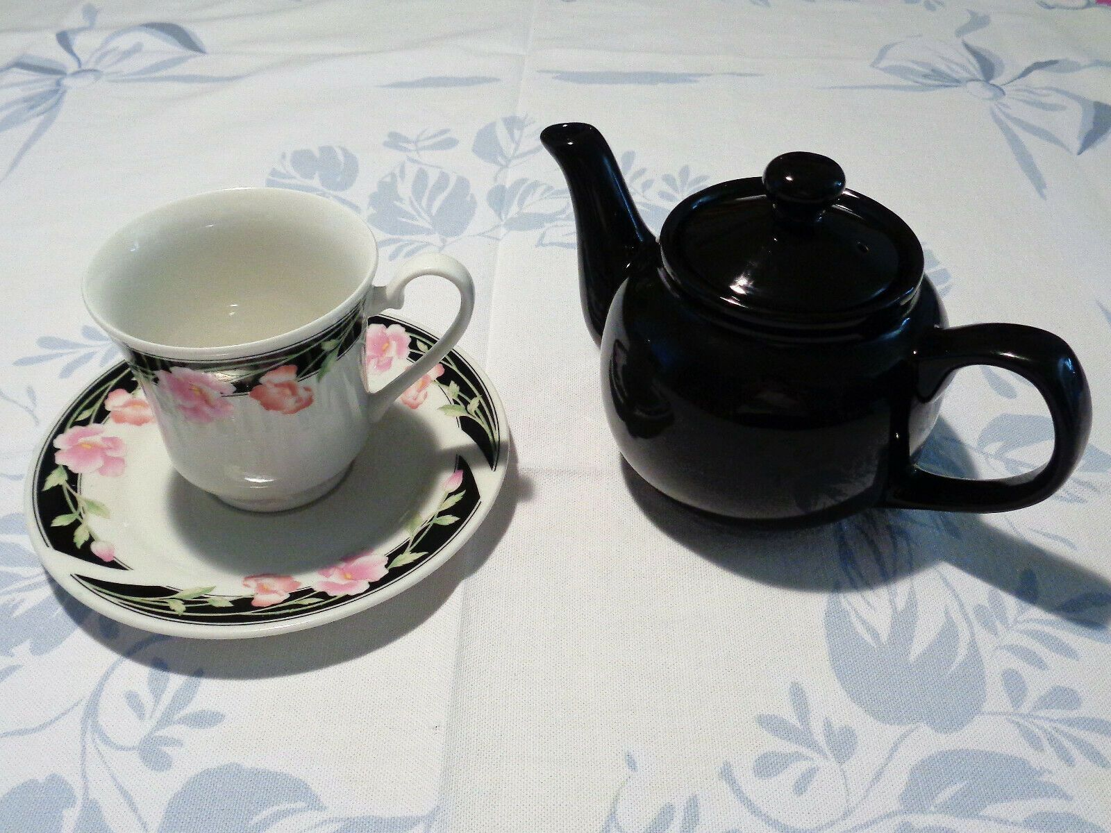 Tea For One Individual Teapot Cup And Saucer Tea Set Black