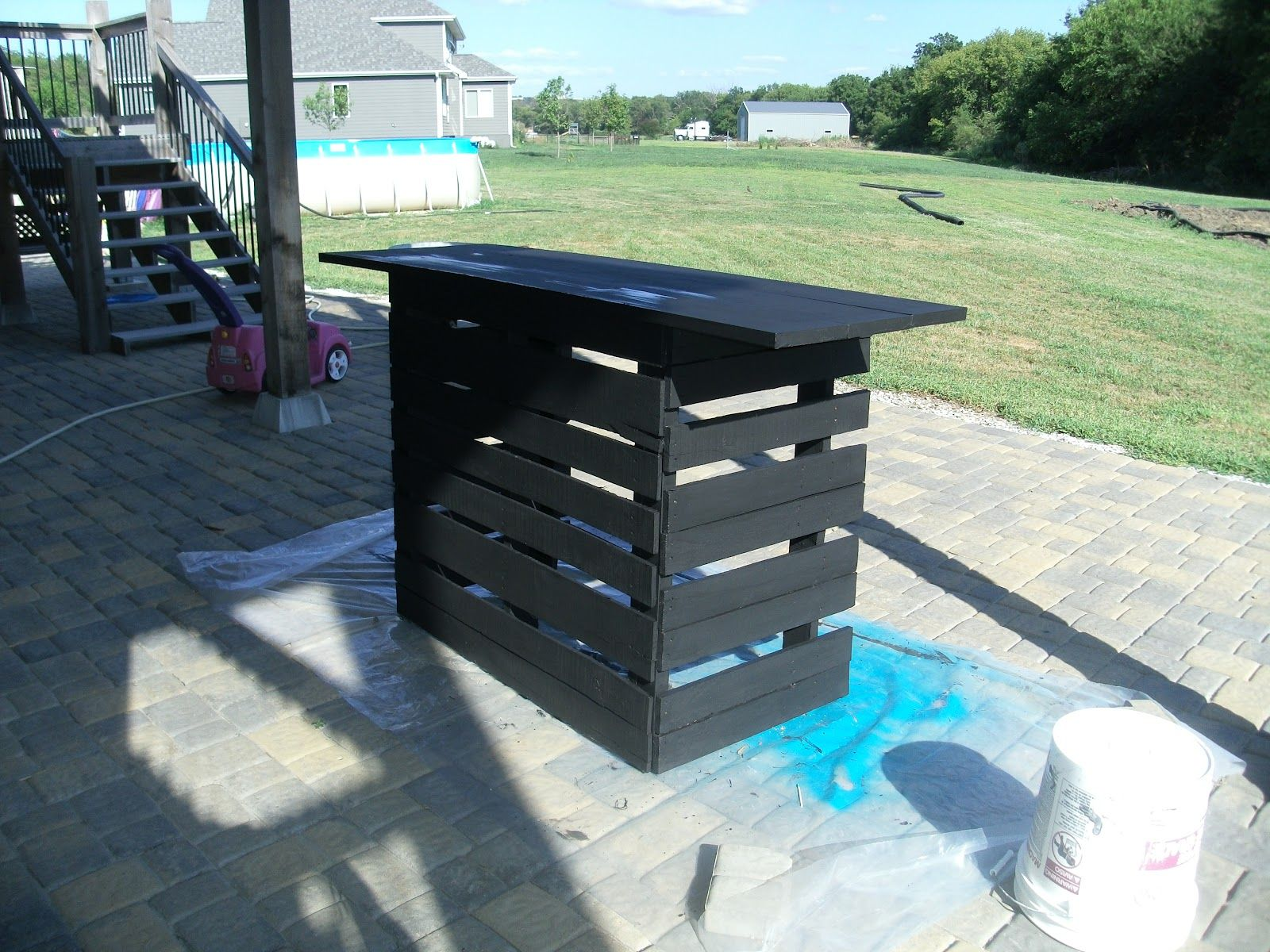 Pallets Outdoor Bar Serving Area