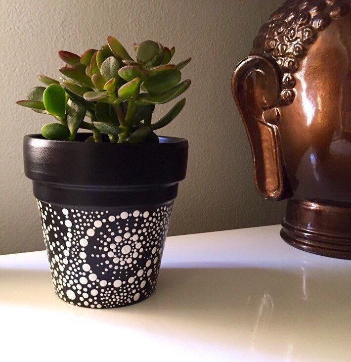 Hand Painted Black And White Terra Cotta Pot Painted Terra Cotta Pots Paint Garden Pots Terra Cotta Pot Crafts