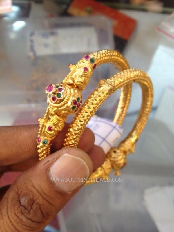 30 Grams Gold Bangles Designs Bangles Pinterest Gold
