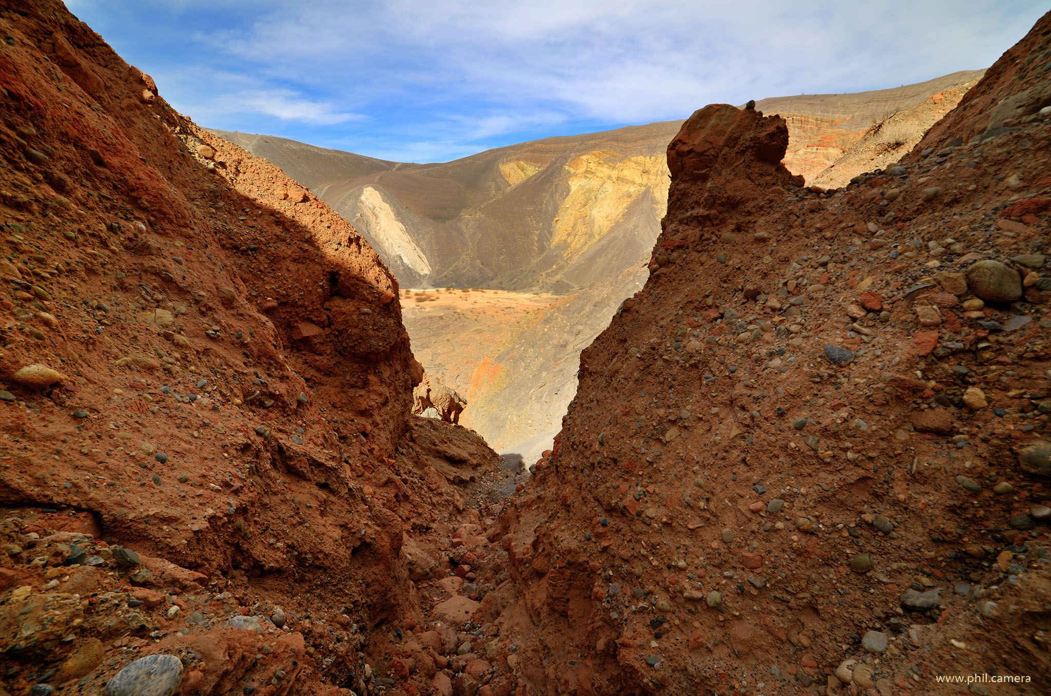 I climbed around the slot canyons inside Ubehebe Crater in Death Valley CA recently. What a cool place. [oc][20481357] #reddit