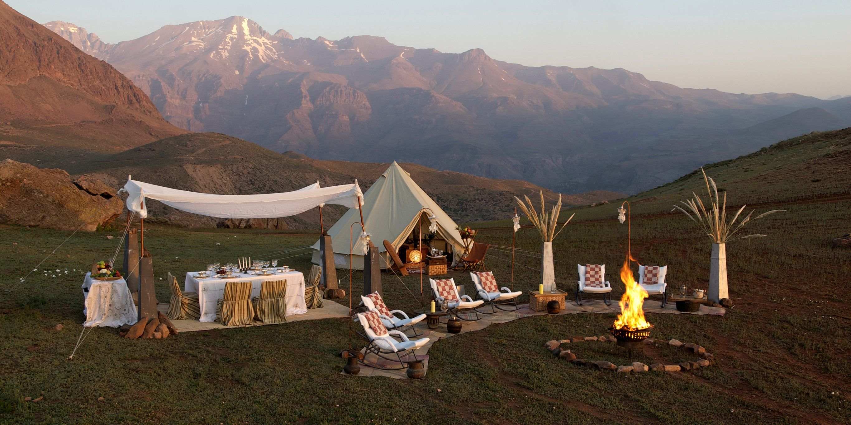 Extreme glamping Luxury yurts, covered wagons with air