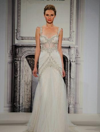 Pnina Tornai Sheath Wedding Dress with Sweetheart Neckline and Natural Waist Waistline