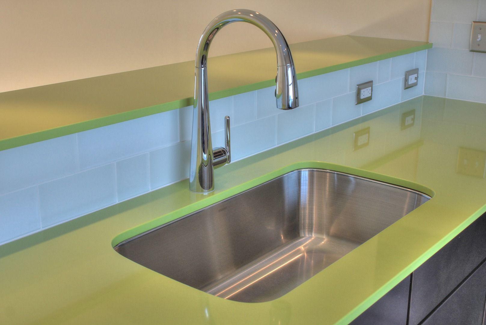 Kitchen :: Lime Green Quartz Countertops :: Glass Backsplash ...